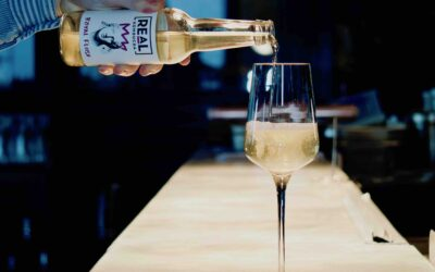 Pairing exquisite non-alcoholic drinks with the finest food